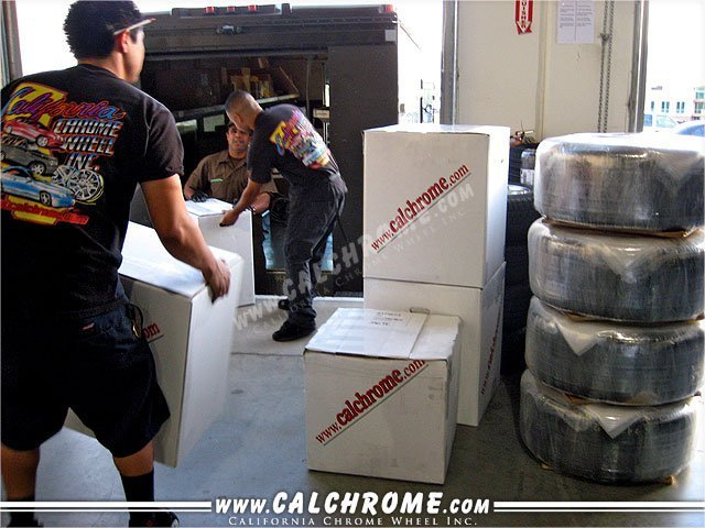 36. WHEEL DELIVERY Individual orders, including mummy wrapped tire & wheel packages can be shipped via UPS.