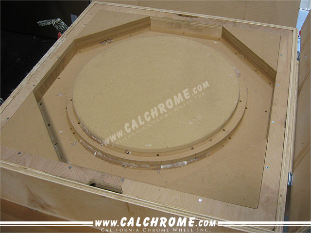 1. Proprietary vaccum protective wheel mold.