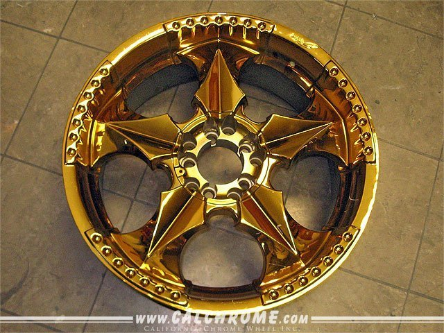 gold chrome wheel