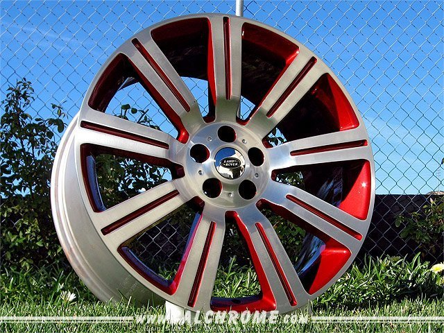 wheels_landrover_stormerII_red_big