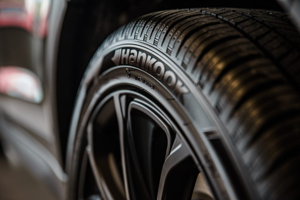 tire shop in santa clarita calchrome